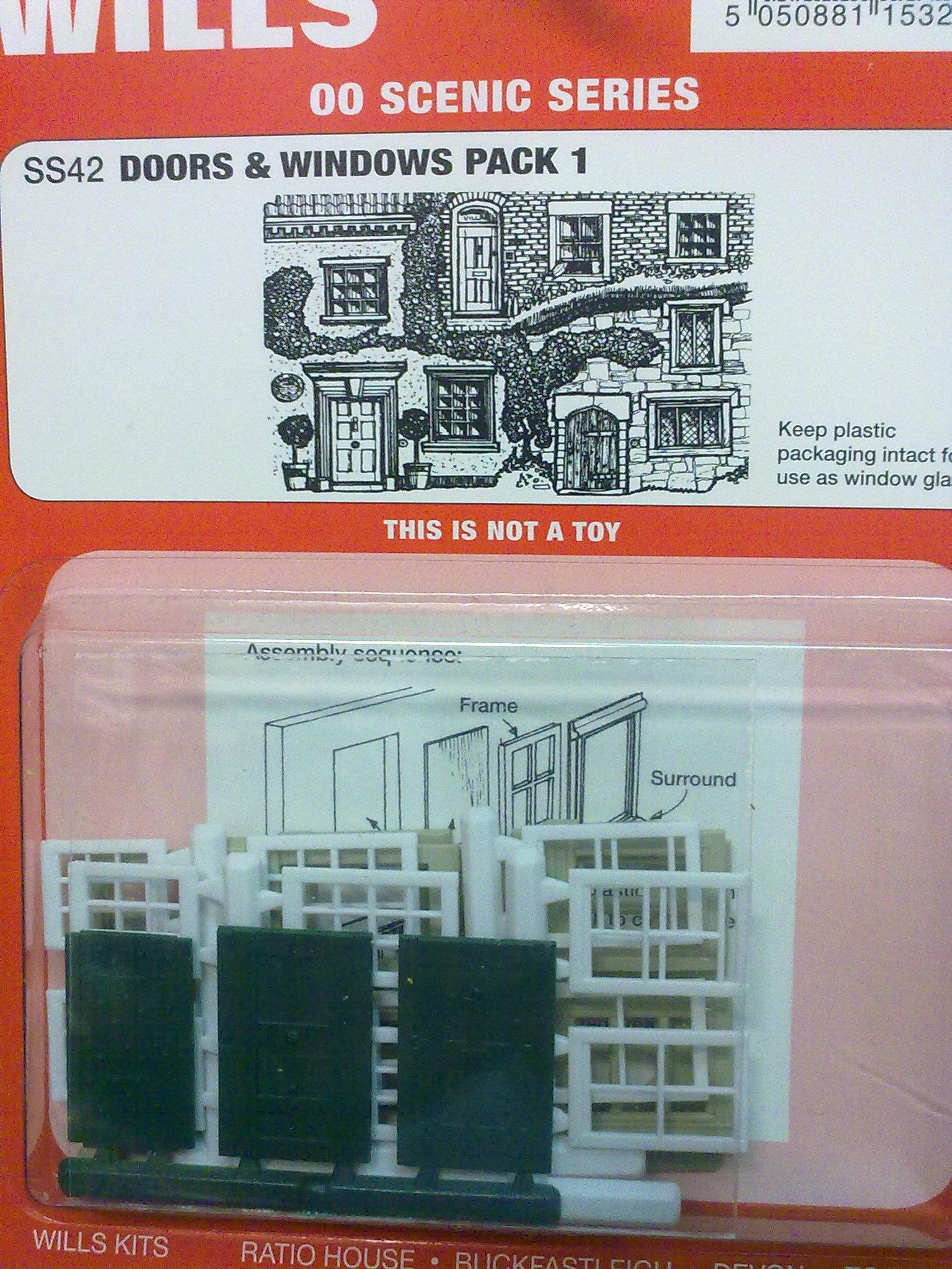 Wills OO Gauge Windows /& Doors Plastic Kit SS42
